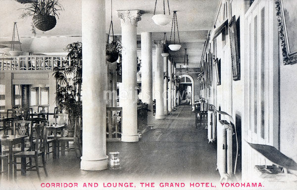 71129-0030 - Grand Hotel Lounge