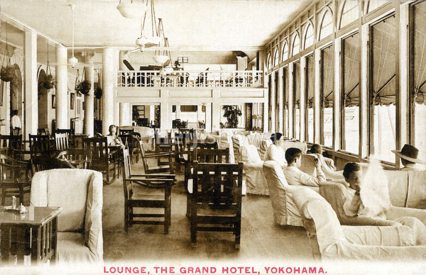 110804-0011 - Grand Hotel Lounge