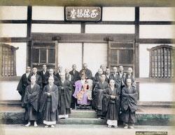 70604-0005 - Buddhist Priests
