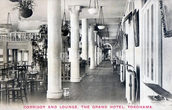71129-0030 - Grand Hotel Lounge