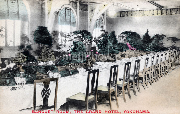 71129-0031 - Grand Hotel Banquet Room