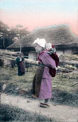 80107-0054 - Komori Nursemaid