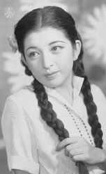 70124-0025 - Takarazuka Actress