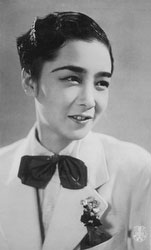 70124-0032 - Takarazuka Actress