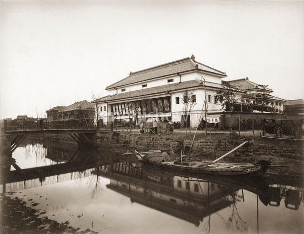 101104-0005 - Shintomiza Theater