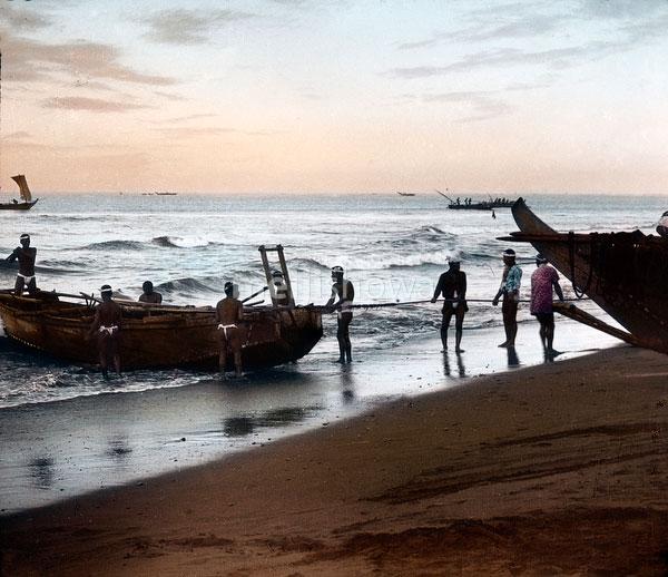 100910-0027 - Fishermen at Work