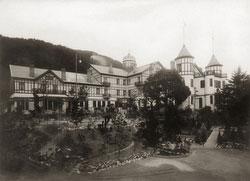 110607-0021 - Tor Hotel