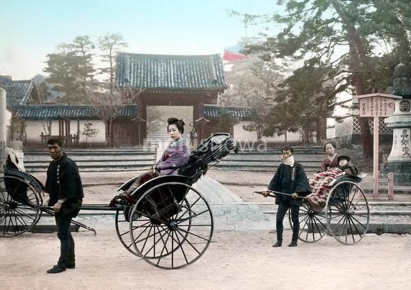 110613-0012 - Women in Rickshaw