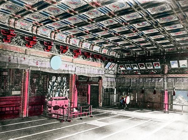 110613-0020 - Interior Toshogu