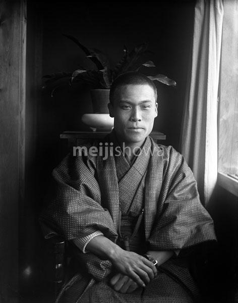 110613-0064 - Man in Kimono