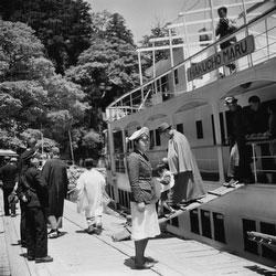 110825-0002 - Biwako Cruise Ship
