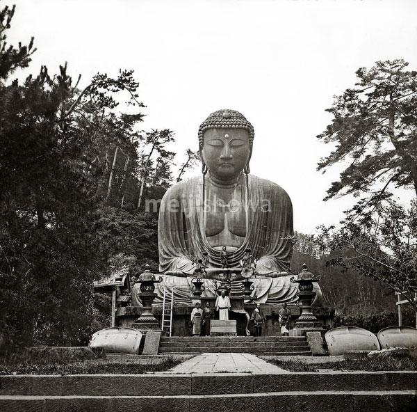 111004-0012 - Kanagawa Buddha