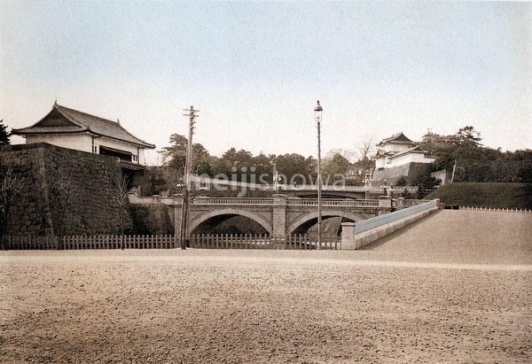 120411-0001 - Nijubashi Bridge