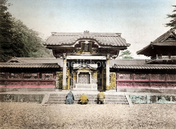 120411-0006 - Zojoji Temple