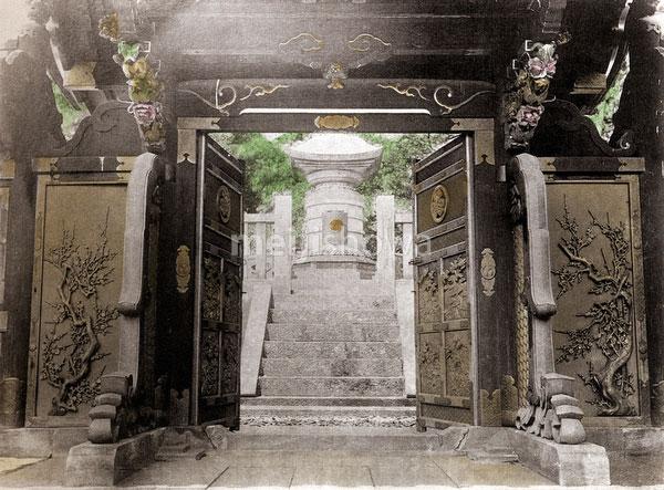 120411-0008 - Shotokuin, Zojoji Temple