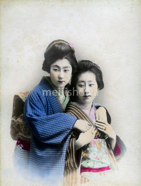 80303-0067-PP - Women in Kimono