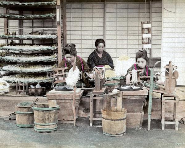 120207-0147-PP - Silk Workers