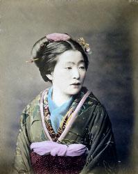 131128-0017 - Woman in Kimono