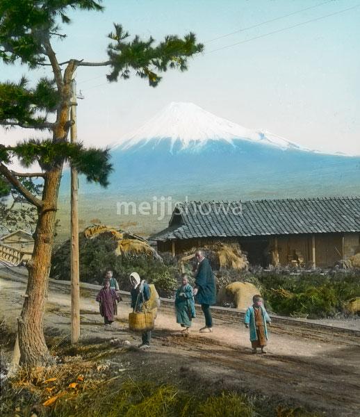 140301-0012 - Mount Fuji from Tokaido