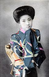 70216-0031 - Woman in Kimono