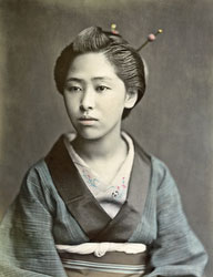 140916-0163-PP - Woman in Kimono