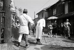 160101-0019-BR - WWII Veterans Begging