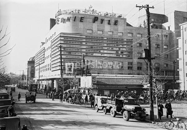 160202-0010 - Ernie Pyle Theater