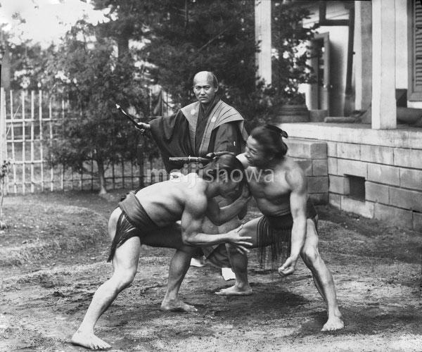 140303-0017 - Sumo Wrestlers