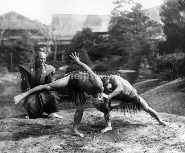 140303-0019 - Sumo Wrestlers