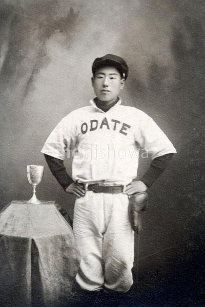 180829-0041-KS - Japanese Baseball Player