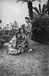 160203-0003 - Japanese Women in Kimono