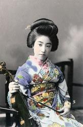 160301-0036 - Geisha with Violin
