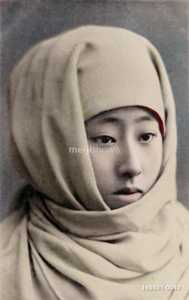 160301-0040 - Woman with Okosozukin