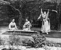 160302-0041 - Women Playing Music