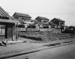 160304-0001 - Wooden Houses