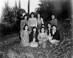 160304-0007 - Young Okinawa Women