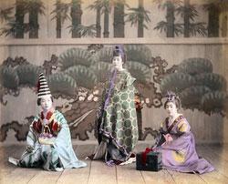 161215-0047 - Women in Costume
