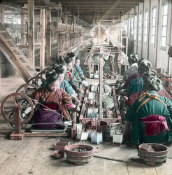 170201-0016 - Spinning Silk