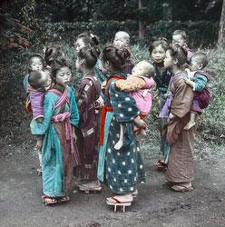 170201-0029 - Komori Nursemaids