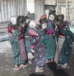 170201-0030 - Komori Nursemaids