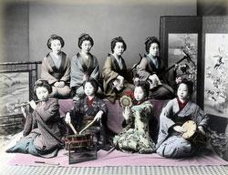 190102-0008-PP - Maiko and Geisha